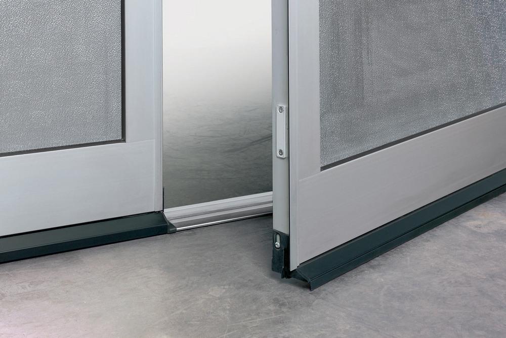 Drzwi W Bramie Bez Wystającego Progu Drzwi21pl Portal